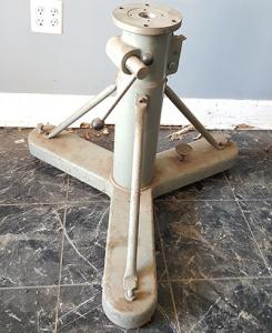 used-brunson-stand